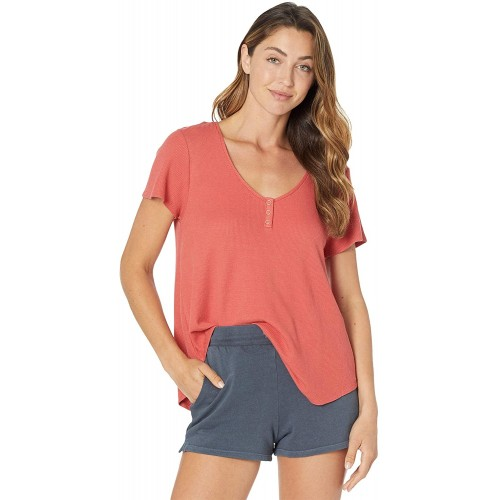 Volcom Women's Lived in Lounge Thermal Short Sleeve Shirt